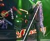 Joe Elliott et les musiciens de la formation britannique Def Leppard ont livré une solide prestation lors de leur première visite au Centre Vidéotron.