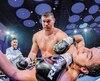 Arslanbek Makhmudov a démoli Julian Fernandez, mais ce dernier a fait preuve de courage.