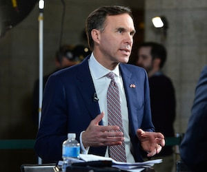 <b>Bill Morneau</b>, <i>ministre des Finances</i>