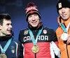 Le médaillé d'or canadien Ted-Jan Bloemen (au centre) est monté sur le podium en présence de l'Italien argenté Nicola Tumolero et du néerlandais Jorrit Bergsma.