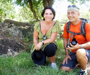 Sur l'île de Komodo, en Indonésie, le couple a pu observer un varan, soit la plus grande espèce de lézard au monde