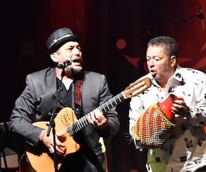 La bande de Belle et Bum a clôturé la 14e édition du Festival international des rythmes du monde, samedi.