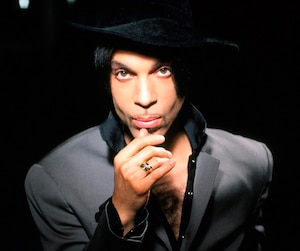 Prince donnera un spectacle surprise au Centre Bell ce soir. Le chanteur a annoncé la nouvelle mercredi.