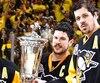 Chez les Penguins, la grande force se retrouve au centre avec deux phénomènes, Sidney Crosby et Evgeni Malkin.