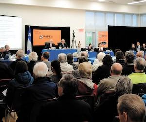 Environ 200 citoyens ont assisté mardi à la séance du BAPE. L'audience reprend à 13h mercredi.