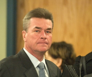 Claude Deguise, ex-directeur de l'ingénierie à Laval, a plaidé coupable à des accusations de complot et de fraude.