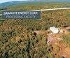 Sur une vidéo promotionnelle, Graphite Energy Corp montrait la vue aérienne de ce qui semblait être un centre de traitement du minerai .
