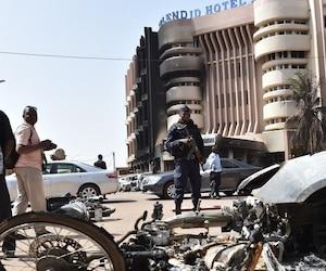 Vingt-neuf personnes sont mortes dans l'attaque perpétrée ce week-end par des djihadistes à l'hôtel Splendid de Ouagadougou, la capitale du Burkina Faso. Parmi les victimes se trouvaient six Québécois en mission humanitaire.