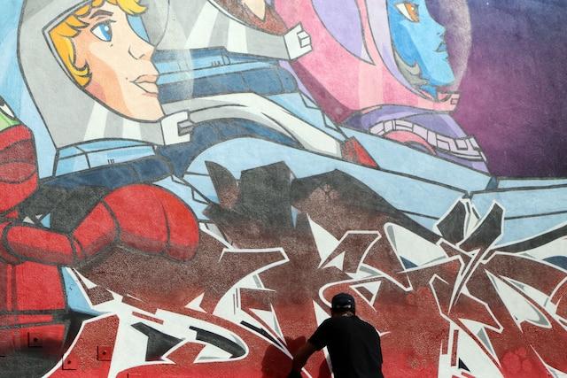 Des artistes locaux, nationaux et internationaux réaliseront plusieurs oeuvres de graffiti sur la rue Sainte-Catherine à Montréal dans le cadre du festival urbain Under Pressure.