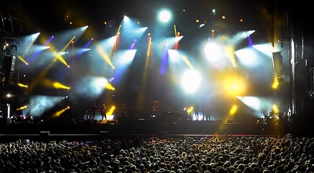 Billy Joel en était à sa toute première visite àQuébec. L'artiste américain a mis le public des Plaines dans sa poche grâce, entre autres, à ses nombreux succès.