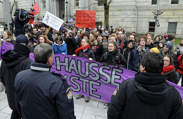 Manifestation nationale féministe de la CLASSE. Vendredi le 27 Avril 2012 dans les rues de Québec.SIMON CLARK/JOURNAL DE QUEBEC/AGENCE QMI