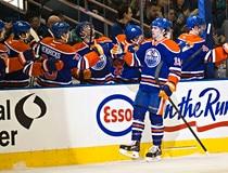 Oilers take on Predators