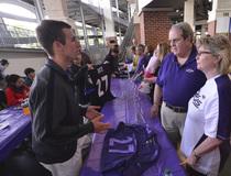 NFL: Baltimore Ravens-Ray Rice Jersey Exchange