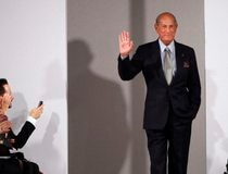 File photo of Oscar de la Renta during his Fall/Winter 2012 collection show during New York Fashion Week