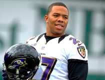 Baltimore Ravens running back Ray Rice warms up during the NFL's Super Bowl XLVII football practice in New Orleans