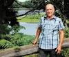Même s'il est maintenant millionnaire, Gilles Mélançon continuera à demeurer dans le sous-sol de sa bru, près de la rivière Saint-François à Drummondville.