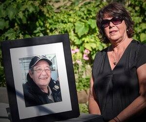 Solange Allen Desjardins a perdu son époux Claude en août 2012. Il est une des 14 personnes à avoir péri dans l'éclosion de légionellose causée par une tour de refroidissement contaminée dans le quartier Saint-Roch, à Québec.