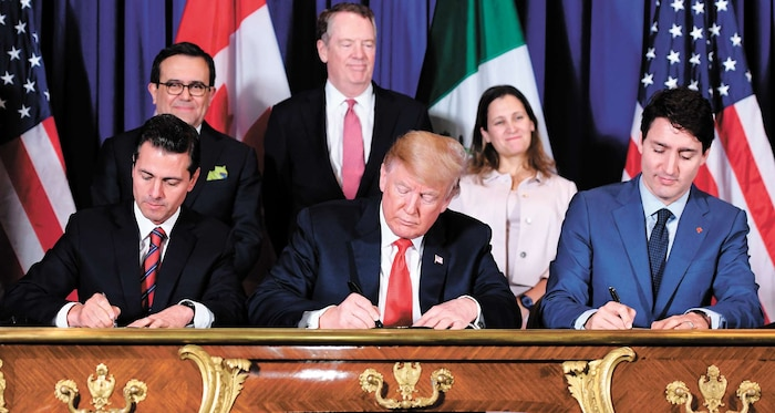 Pena Nieto accompagné de Donald Trump ainsi que de Justin Trudeau.
