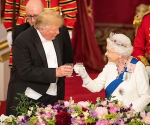 Image principale de l'article Voici comment se déroule un souper avec la reine