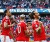 Gareth Bale et ses coéquipiers célèbrent leur victoire face à l'Irlande du Nord.