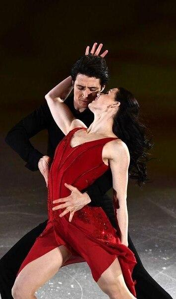 Tessa Virtue et Scott Moir annoncent leur retraite