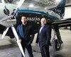 Les propriétaires de Pascan, Julian Roberts (à gauche) et Yani Gagnon, veulent utiliser leur avion à Toronto pour faire des vols régionaux à destination deWaterloo ouPeterborough.