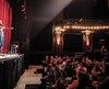 Bruno Ly devant le public de la soirée d'humour du La Tulipe.