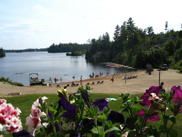 L'été, le site se prête bien à de petites vacances.