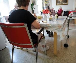 Sans médecin de famille, les résidents de L'Isle-aux-Coudres se sentent abandonnés.