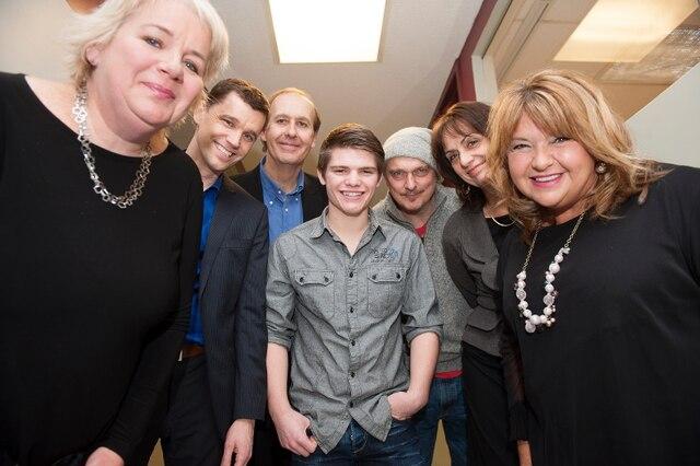 Anne Boyer, Bruno Marchand, André Landry (de Suicide Action Montréal), Gabriel Maillé, Normand D'Amour, Estelle Bouchard et Lise Dion, réunis tous ensemble pour la prévention du suicide.