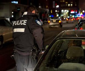 Agents de police la nuit