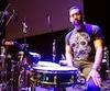 Antonio Sánchez a joué la trame sonore de Birdman en direct, devant les festivaliers de Québec, jeudi soir, au Palais Montcalm.