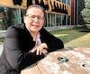 Adrienne Jérôme, la chef dela communauté algonquine de Lac-Simon, en Abitibi, se demande sile gouvernement a fait des études d'impact de la cueillette abusive du thé du Labrador. Québec travaille présentement à réglementer l'industrie.