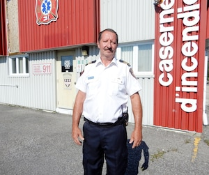 Marcel Leblanc, directeur adjoint du Service incendie de Saint-Bernard-de-Lacolle et premier répondant, croit que sa municipalité, située à la frontière canado-américaine, sera peut-être bientôt contrainte de solliciter l'aide de Lacolle, la municipalité voisine.