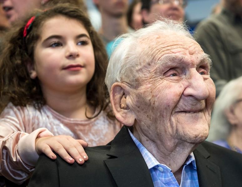 Ils sont 20 centenaires dans une m me r sidence jdm - Ma fille de 5 ans fait encore pipi au lit ...