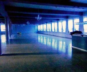 C'est dans une pièce adjacente à cette salle du complexe Sacré-Coeur de Victoriaville qu'une adolescente aurait été agressée le 24 octobre 2014 par trois hommes lors d'un party rave destiné aux jeunes âgés entre 15 et 25 ans.