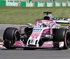 Le Torontois Nicholas Latifi s'est retrouvé aux commandes d'une F1 pour la première fois vendredi.