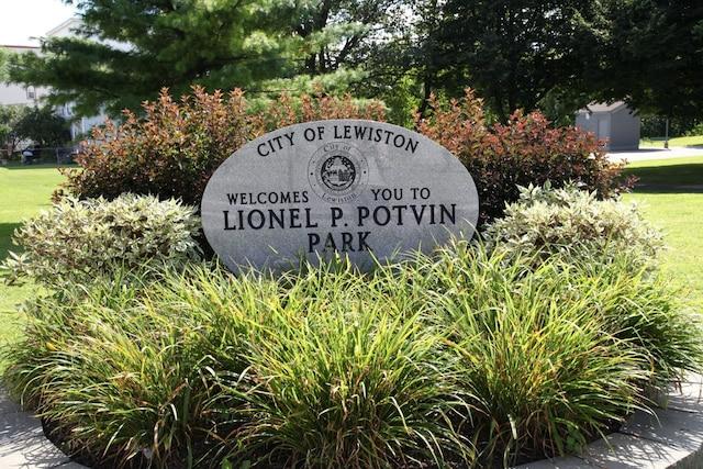 Parc dans l'ancienquartier Little Canada de Lewiston.