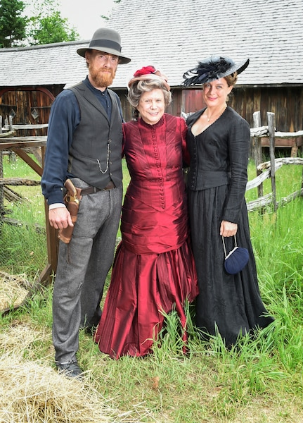 L'équipe des Pays d'en haut est présentement en tournage de la 3e saison de la série, à Rawdon, Quebec, Canada, le lundi 19 juin 2017.