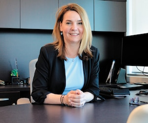 La nouvelle commissaire à l'information du Canada depuis mars, Caroline Maynard, a rencontré Le Journal dans son bureaude Gatineau.