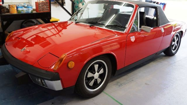 Si l'on se fie aux quelques photos, cette 914 semble être dans un état irréprochable. Cliquez ici pour voir l'annonce.
