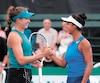 Leylah Annie Fernandez (à droite) et sa partenaire canadienne Ariana Arseneault ont remporté leur premier match en double au Challenger de Granby.