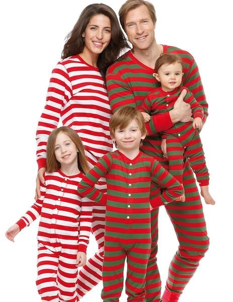 Toute La Famille En Pyjama Le Journal De Montreal