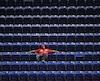 Ce partisan des Cardinals de St. Louis ne manquait pas d'options pour s'assoir au Marlins Park de Miami, mardi.