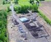 Vue aérienne du site de la Fonderie St-Germain, terrain fédéral contaminé en pleine zone agricole à Saint-Edmond-de-Grantham, près de Drummondville.
