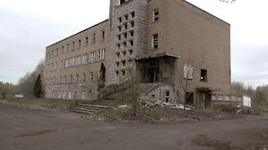 Image principale de l'article Un fantôme menaçant se «manifeste» à l'asile