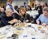 Jean Soulard, Isabelle Huot et Thierry Daraize ont goûté mercredi aux nouveaux menus élaborés pour les CHSLD.