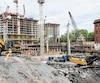 La construction est déjà bien avancée sur le site de l'ancien Hôpital de Montréal pour enfants, au coin du boulevard René-Lévesque et de l'avenue Atwater, à Montréal, comme en témoigne cette photo prise il y a deux semaines.