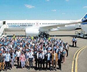 La multinationale Airbus a dévoilé le nouveau nom de la C Series lors d'une cérémonie tenue mardi au Centre de livraison Henri-Ziegler, une aérogare privée adjacente à l'aéroport international Toulouse-Blagnac, dans le sud de la France.