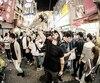 Dans le cadre d'une série documentaire sur la planche à roulettes, l'humoriste Mathieu Cyr a enregistré un épisode au Japon. Il visitera également d'autres pays.